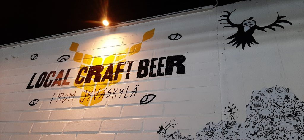 "wall-painting ""local craft beer"""
